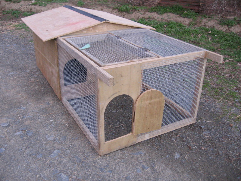 Basic movable chicken house from chooks.co.nz.